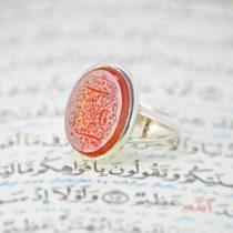 انگشتر صفوی نگین عقیق سرخ یمنی با حکاکی یا مظهر العجائب یا مرتضی علی