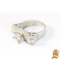 انگشتر جواهرنشان خاص نگین اتمی