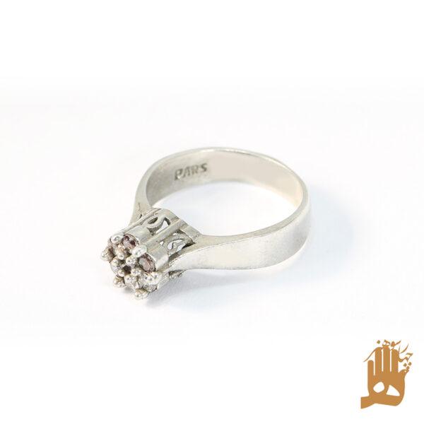انگشتر طرح الماس نگین اتمی